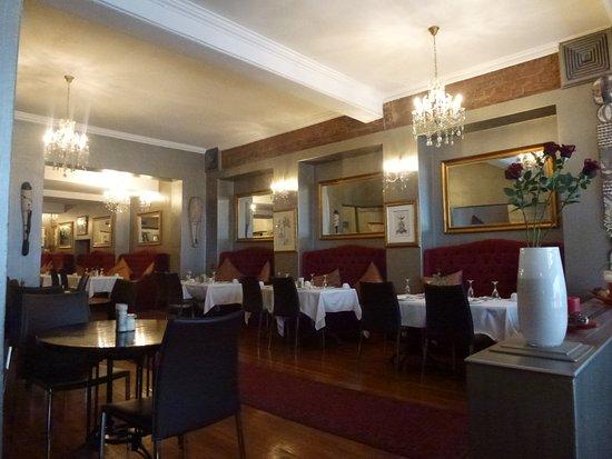 Tudor Hotel: sala colazione
