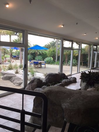 Waitangi, New Zealand: View from inside the dining room