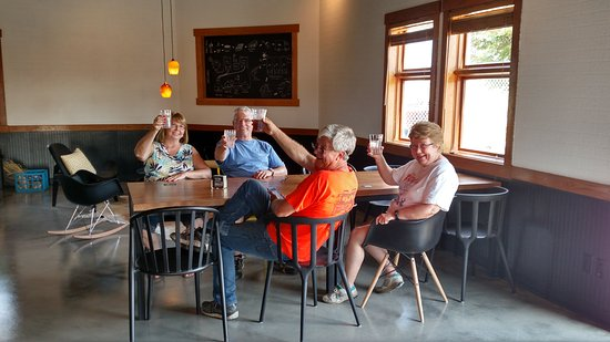 Urbana, IL: Cheers!