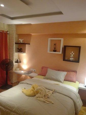 casa villa toledo es una habitacion moderna con todos los lujos y servicios