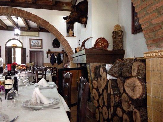 Higuera de la Sierra, Spanien: Restaurante la Colmena