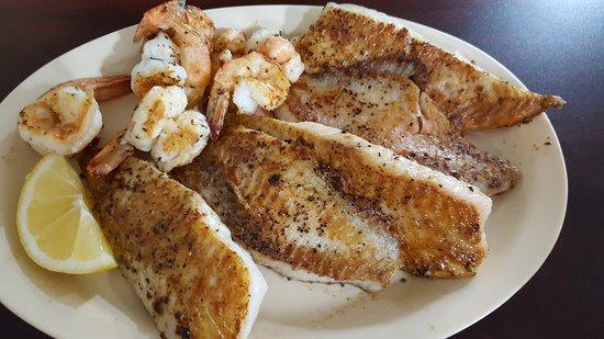 Cairo, GA: Rock Bottom Seafood