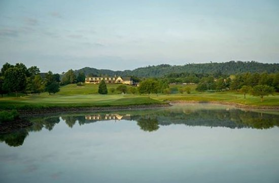 Sellersburg, IN: View from holes #9 & #18 tee boxes