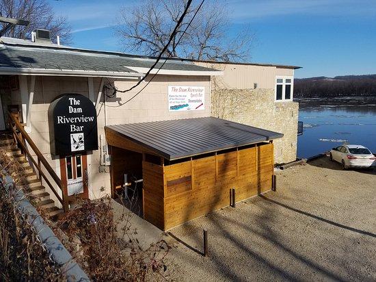 Guttenberg, IA: Bar with a Riverside  View!!!!