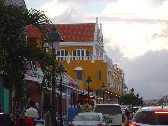 Kralendijk, Bonaire: Dutch Architecture