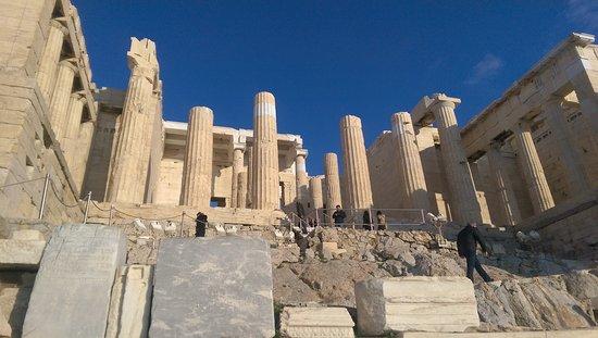 Acropolis Hill Hotel: IMAG0023_large.jpg