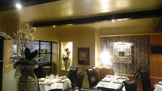 Vire, Francia: Salle de restaurant Rez de Chaussée