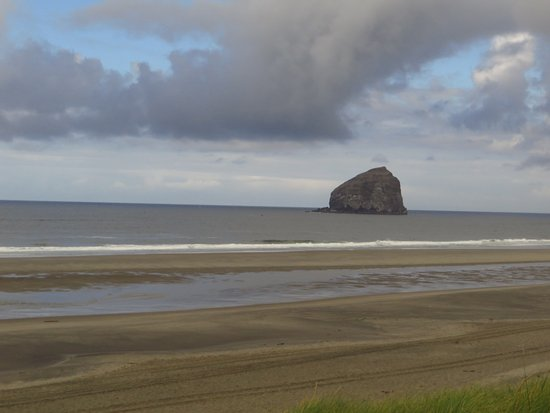 Pacific City, OR : Haystack rock