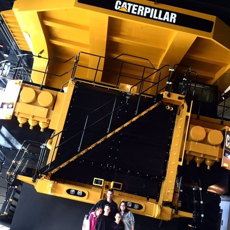 Peoria, IL: Caterpillar Visitor's Center