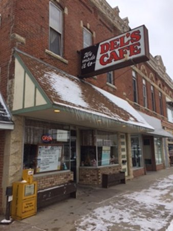 Saint Charles, MN: Refuge on a cold day in Dec 2016.