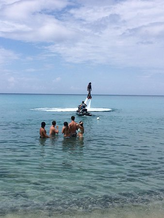 Frederiksted, St. Croix: Mario shows how easy the Flyboard is