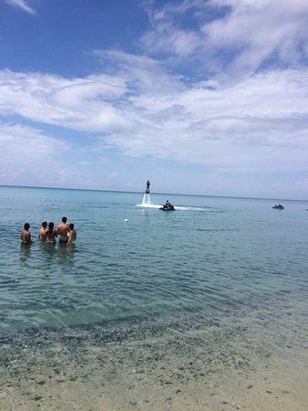 Frederiksted, St. Croix: Mario Flyboarding