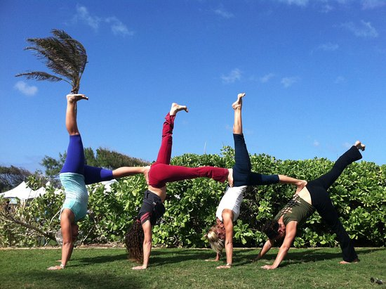 Makawao, Hawái: Playful and Precise Yoga