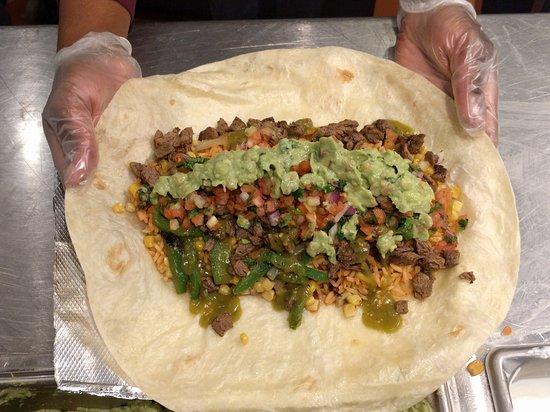 Photo of Restaurant Dos Toros Taqueria at 636 Lexington Ave, New York City, NY 10022, United States