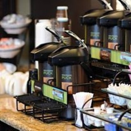 Glenview, IL: Wolfgang Puck Coffee served Hot & Fresh Everyday and All Day