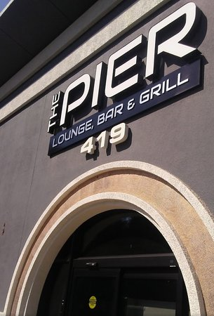 The Pier Lounge, Bar & Grill