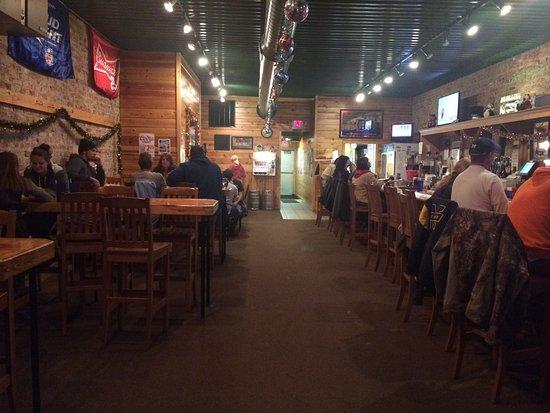 Decatur, MI: M 40 Bar