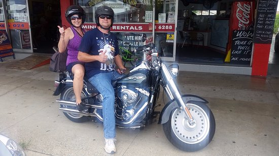 Chopper's Motorcycle Tours: Harley rental