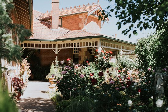 Welcome To Forgandenny House B&B Mudgee