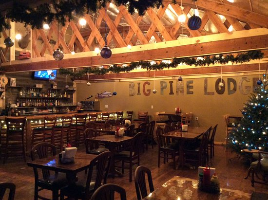 Perham, Миннесота: Big Pine Lodge Pizzaria & Pub