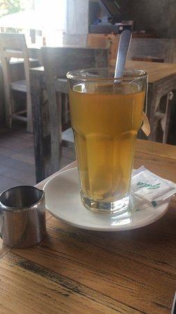 Beach Lounge: Big ginger tea with honey