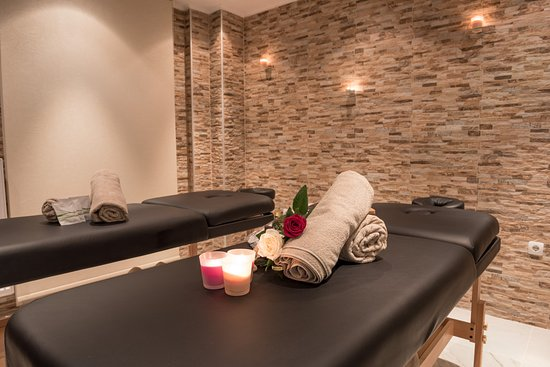 Luxury Living Massage And Spa Therapies