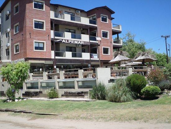 Alpemar apart hotel villa gesell argentina omd men for Appart hotel 41