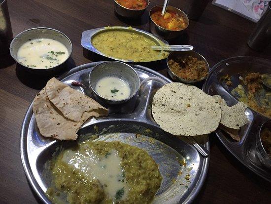 Glory Hotel & Restaurant: gujarati plate