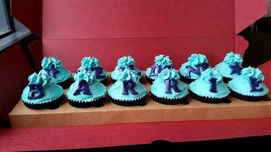 Gainsborough, UK : Personalized Cupcakes