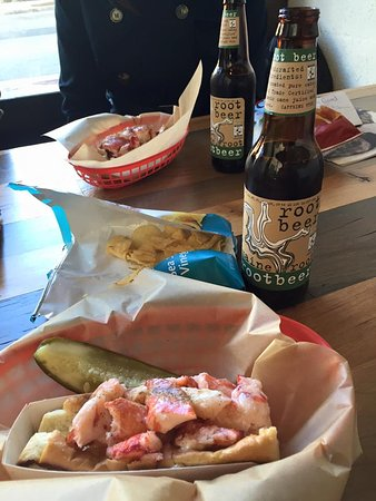 Bethesda, MD: Lobster rolls and root beer - delicious