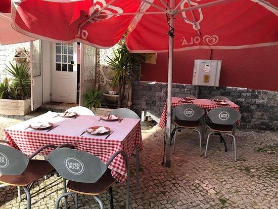 Caparica, Πορτογαλία: Esplanada