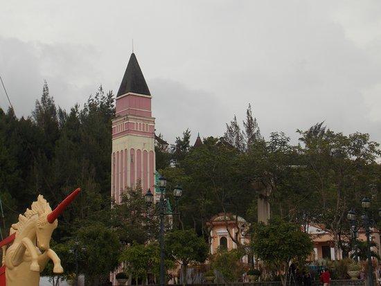 Cipanas, Indonesia: menara