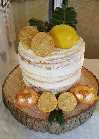 Gainsborough, UK : Lemon Cake