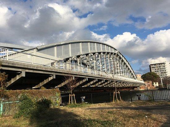 Sakura Nomiya Bridge