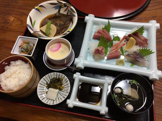 Tsukumi, Japan: 浜茶屋