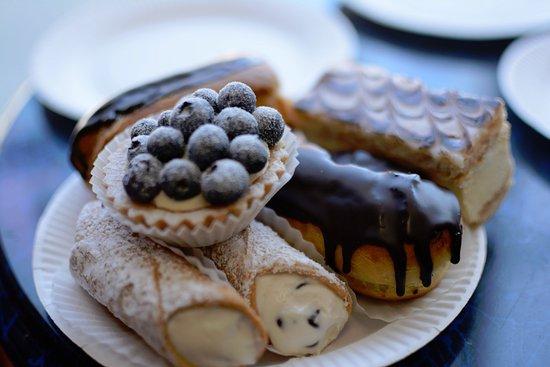 White Plains, Estado de Nueva York: The best pastries around....ummm..delicious