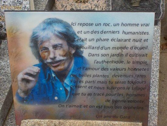 Antraigues-sur-Volane, France : Ici repose un Roc...