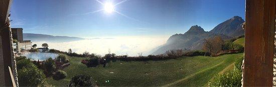 Lefay Resort & Spa Lago di Garda: Vista suite con balcone del resort!!