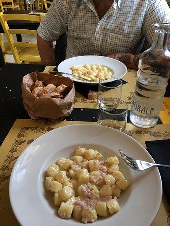 Camaiore, إيطاليا: Tutto Pasta
