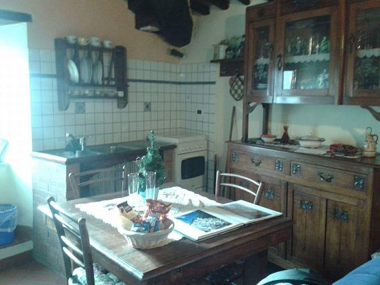 FB_IMG_1481385508553_large.jpg - Picture of B&B La Margine, Bagni ...
