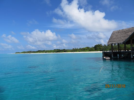Lhaviyani Atoll: palm beach resort