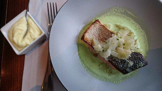 ซาติกนี, สวิตเซอร์แลนด์: saumon