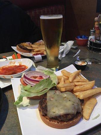 Burgers & Beer : photo1.jpg