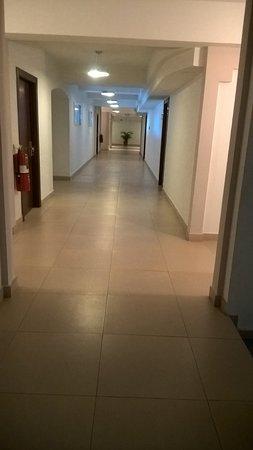 pasillo del hotel, remodelado