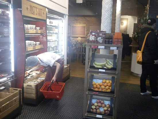 restaurants pret a manger in brighton and hove with cuisine fast food. Black Bedroom Furniture Sets. Home Design Ideas