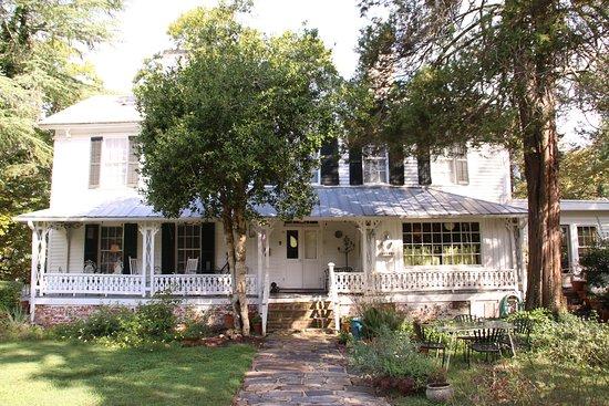 Hillsborough, NC: Back porch