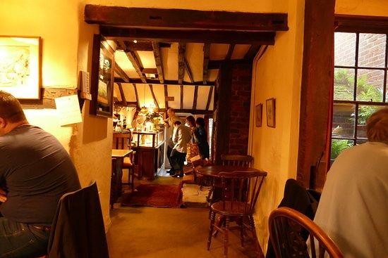 O εσωτερικός διακοσμος της Stmartins Coffee House