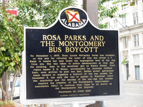 Rosa Parks Library and Museum: Sign out on street