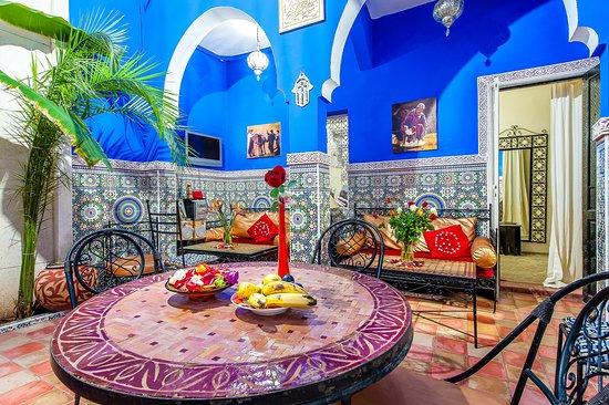 Riad Amskal: patio salle a manger