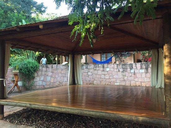 Pousada Vila Serrano: Yoga room